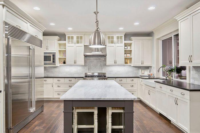 Comptoir de cuisine: granit ou quartz, duel de matériaux