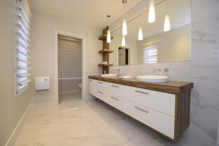 maximiser l'espace et le rangement de votre salle de bain